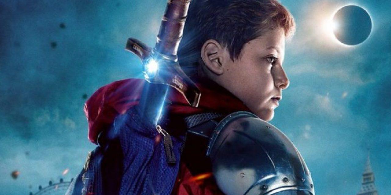 Crítica: O Menino que Queria ser Rei e o Empoderamento do Raio Azul
