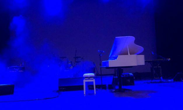 """""""Rocketman: A Tribute to Elton John"""" em Curitiba/PR – Como foi"""